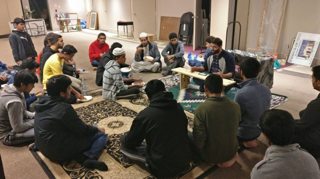 teaching young Muslims about the history of Muslims in Canada at the Pickering Islamic Center (November 2016) photo credit: Furqan Patel